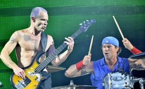 Red Hot Chili Peppers at Stade de France
